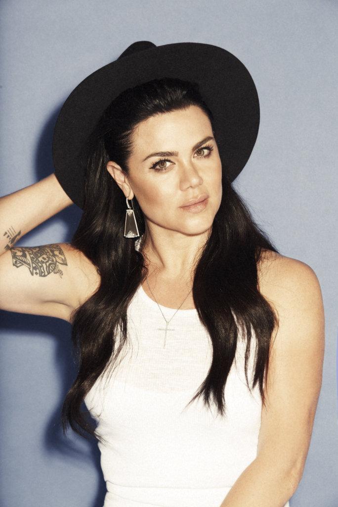 Vanessa Amorosi has reportedly been working on new music in LA.