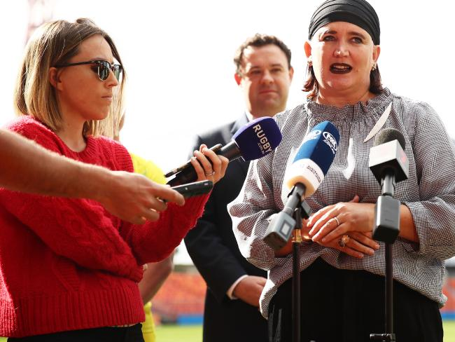 Reporter Beth Newman and Rugby Australia chief executive Raelene Castle. Picture: Matt King/Getty