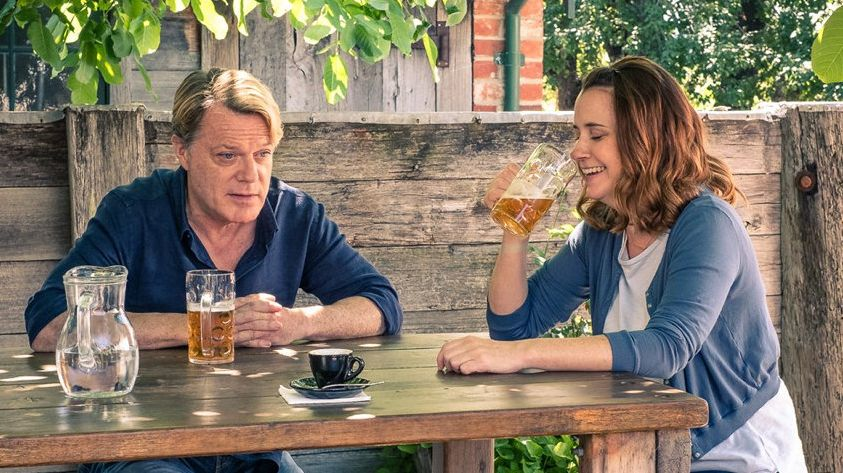 Eddie Izzard and Emily Taheny star in The Flip Side.