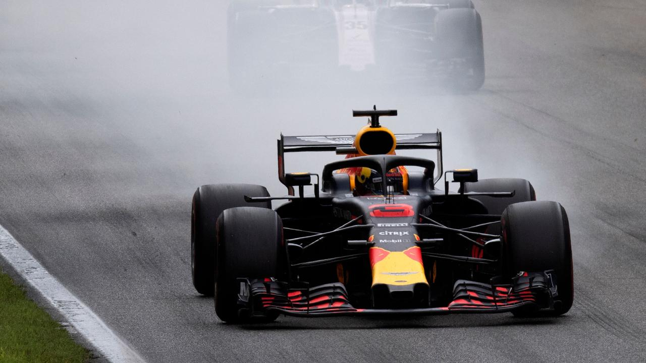 Smoking. (Photo by GIUSEPPE CACACE / AFP)