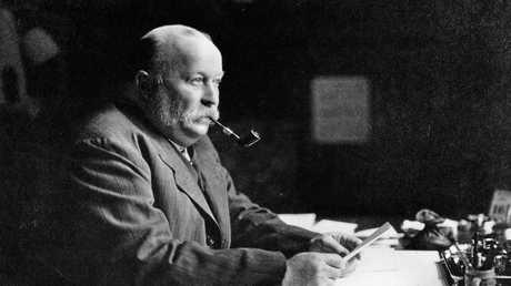 William Knox D'Arcy circa 1907.