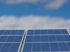 Solar projects blamed for company's collapse
