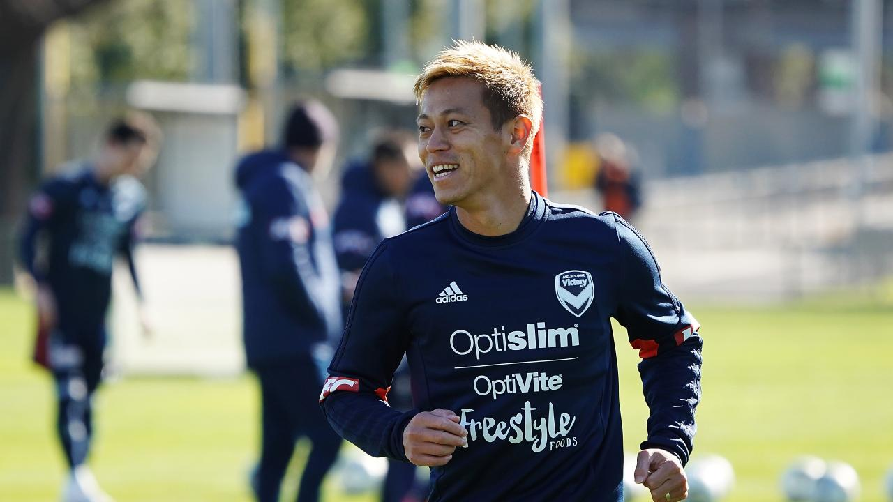 Keisuke Honda says he is keen to play against the eight-time Olympic champion.