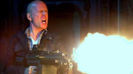 Bruce Willis (as John McClane).