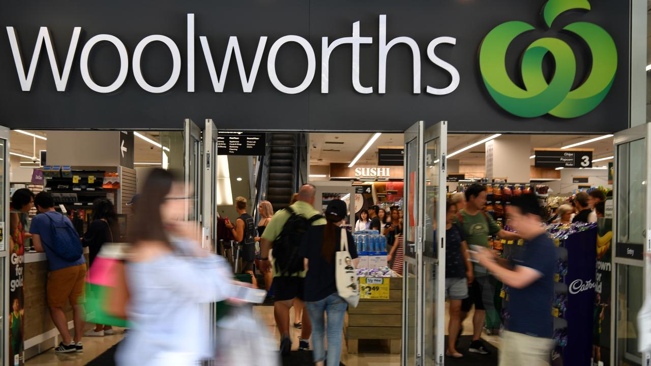 Woolworths is trialling 'scan and go' checkout free shopping at a Sydney supermarket. Picture: AAP Image/Joel Carrett.