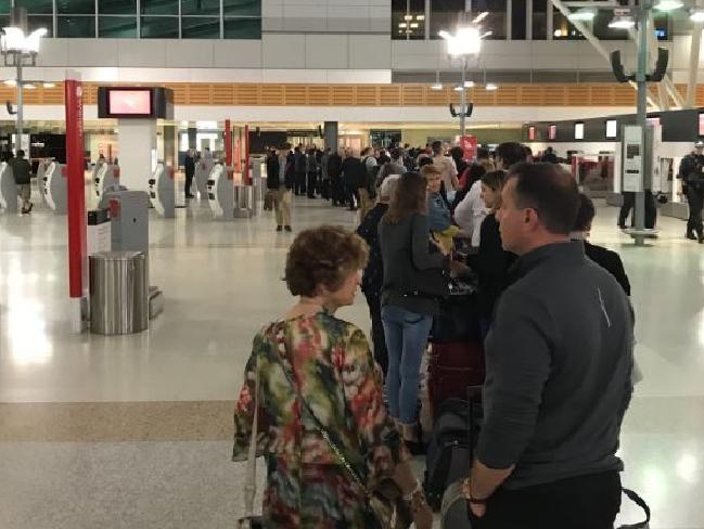 The line at Sydney Airport. Picture: Fabric/Twitter