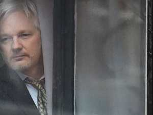 Assange ill, 'life at risk'