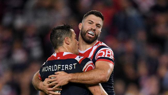 Cooper Cronk and James Tedesco were the difference as the Roosters downed Cronulla. (AAP Image/Dan Himbrechts)