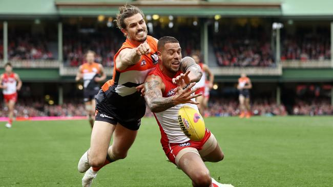 Giants' captain Phil Davis owned Sydney goal machine Buddy Franklin. Picture: Getty Images