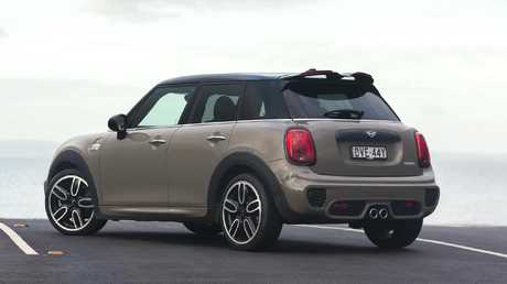 Sasfety warning: The Mini is devoid of driver-assist safet tech.
