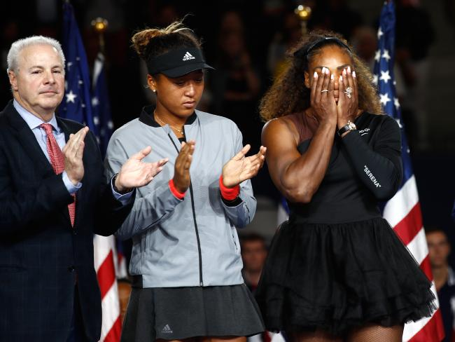 Serena Williams and Naomi Osaka at the trophy presentation. Picture: Getty