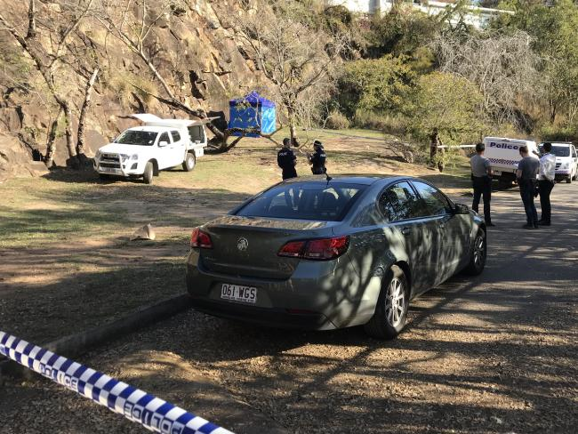 Human remains have been found at the Kangaroo Point cliffs in Brisbane's south.