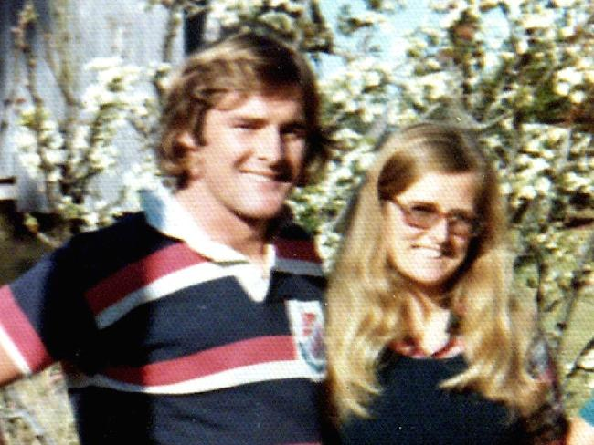 Chris Dawson with his wife Lynette, who vanished in 1982.