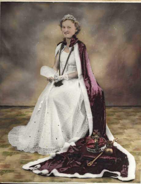 Dawn as Queen of Gayndah.