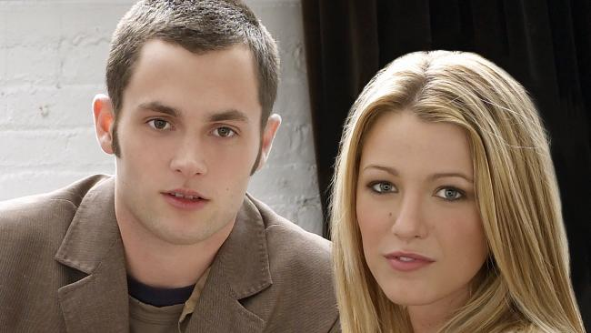 Penn Badgley and Blake Lively in Gossip Girl.