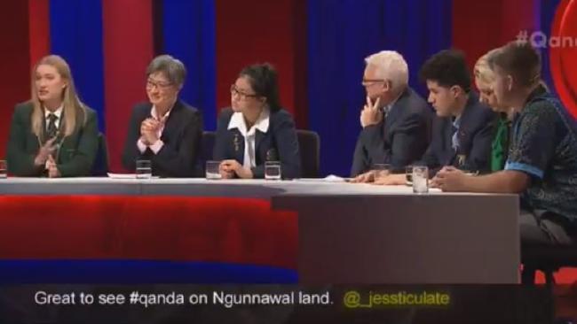 Q&A panel.