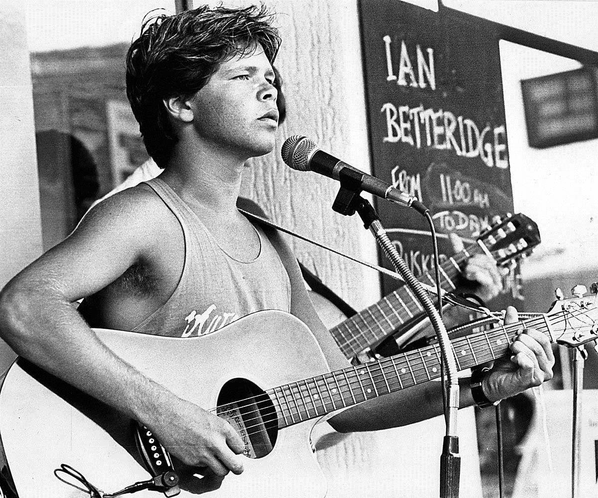 Troy Cassar-Daley busking as a Clarence teenager at the Tamworth Country Music Festival.