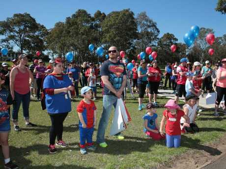 Community members participate in the National Walk 4 William Tyrrell at Chipping Norton Lakes. Picture: Supplied