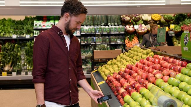 Can new tech help Woolies stop shoplifting? Picture: Dan Himbrechts