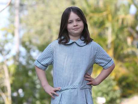 Aussie schoolgirl refuses to stand up for national anthem