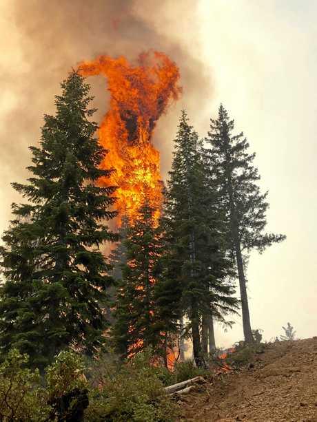 Fire fighter Warren Hunter has returned from the US where he has been battling Californian wild fires.
