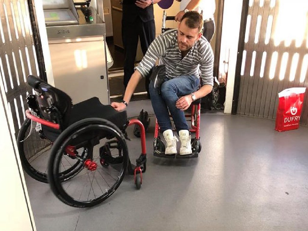 Mr Hryhorec wanted to avoid storing his wheelchair in the hold.