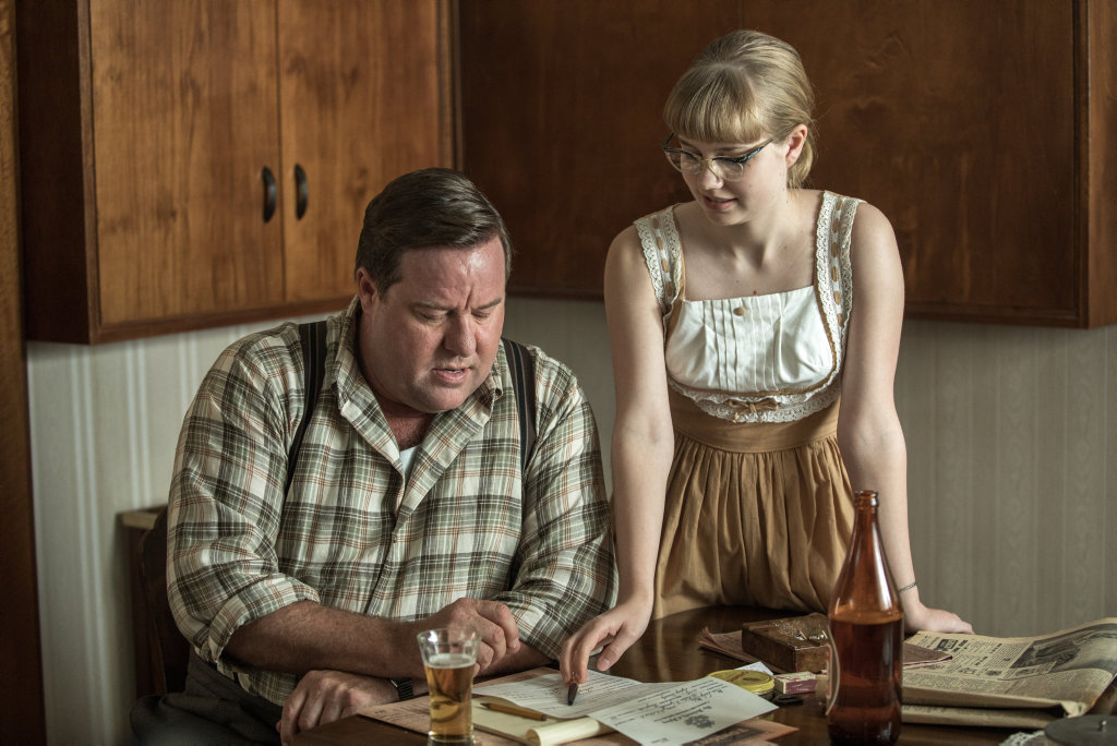 Shane Jacobson plays Lisa's father Mr Miles in Ladies in Black.