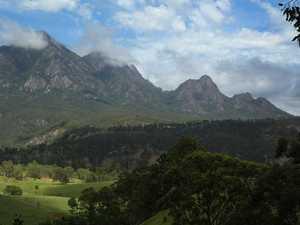 Climber falls 90m down Queensland peak