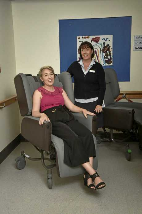 Venessa Cronin (seated) and Nurse Unit Manager Ward 6D, Andrea Barber. Venessa raised funds for the purchase of two special recliner chairs for the Toowoomba Hospital. September 2018