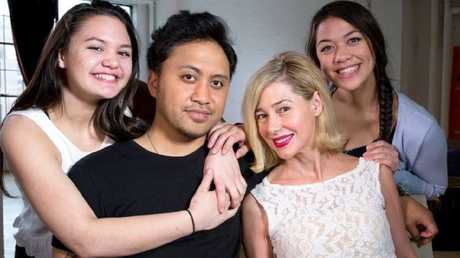 Vili Fualaau, Mary Kay Letourneau and daughters, Audrey and Georgia.