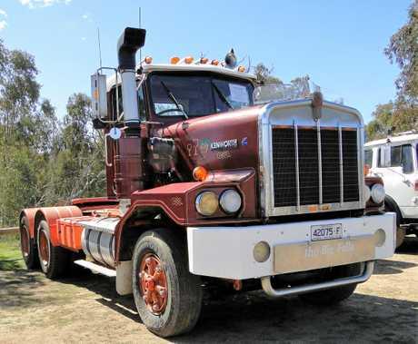 1986 KW C500. Ex Transwest Transport.