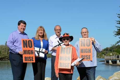 BUILDING HEIGHTS: Cr Reece Byrnes, Richmond MP Justine Elliot, NSW Labor Leader Luke Foley, Cr Ron Cooper and Shadow Minister for the North Coast Walt Secord are opposed to buildings higher than three storeys in Kingscliff.