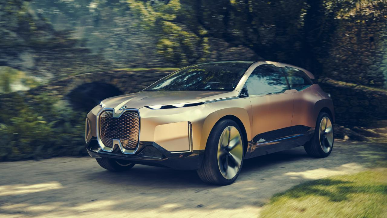 2018 BMW Vision iNext concept is the same size as the current X5.