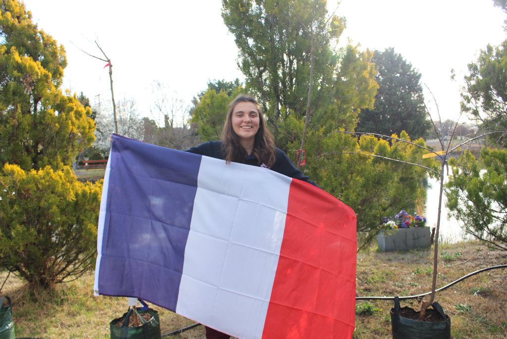Image for sale: Rotary French Exchange student Marie Corna has arrived at Stanthorpe.