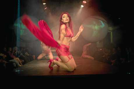 ADULTS ONLY: Cabaret, fashion and beauty mix in Nimbin's  Fantasies Erotique show.