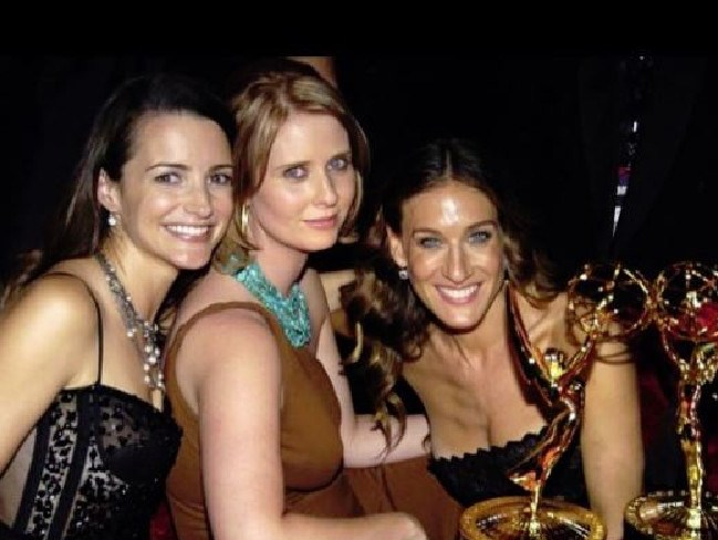 Kristin Davis posted a throwback Emmys photo from 2004. Kim Cattrall reportedly sat at another table. Picture: Instagram