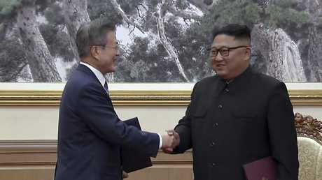 The two leaders have agreed to denuclearise the Korean peninsula.