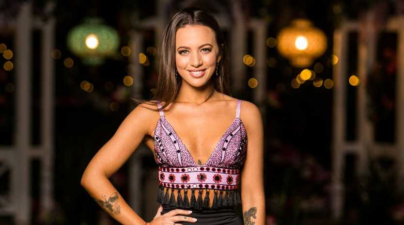Jamie-Lee Dayz has quashed rumours that she was romantically involved with another bachelorette.