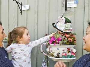 Kath Dickson kids take out Hanging Basket Competition