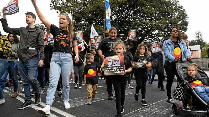 Protesters rally for justice for the families of the victims the Bowraville murders, in Sydney, Thursday, September 20, 2018. Protesters are continuing to call for justice following the NSW government losing its bid to have a man go to trial for murdering three Aboriginal children in Bowraville nearly 30 years ago. (AAP Image/Dan Himbrechts) NO ARCHIVING