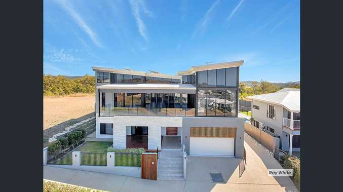 HOUSE OF THE WEEK: 40 Lexington Drive, Taroomball.