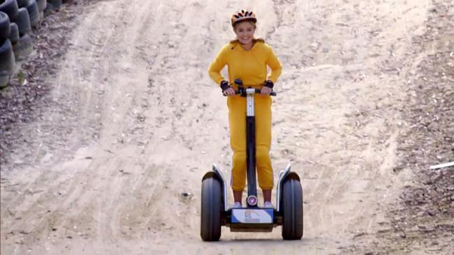 Me on my way to steal your boyfriend.