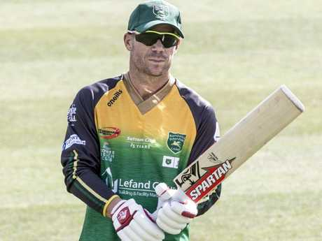 David Warner is itching to get back on the field with a bat in his hands on Saturday afternoon.