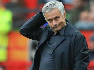 EPL wrap: Wolves ruin Fergie's emotional United return
