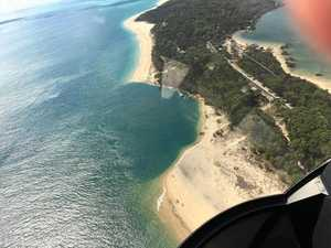 Amazing images of 7.5m Inskip Point sinkhole