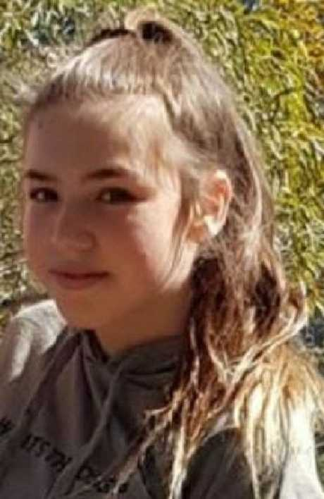 Police are appealing for help to locate three girls last seen in the Coomera area on Sunday morning.
