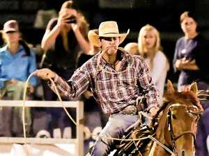 Warwick roping couple going for glory on home arena
