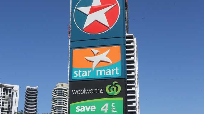 Thousands are planning Gold Coast service station petrol prices, Broadbeach Caltex Star. Picture Mike Batterham