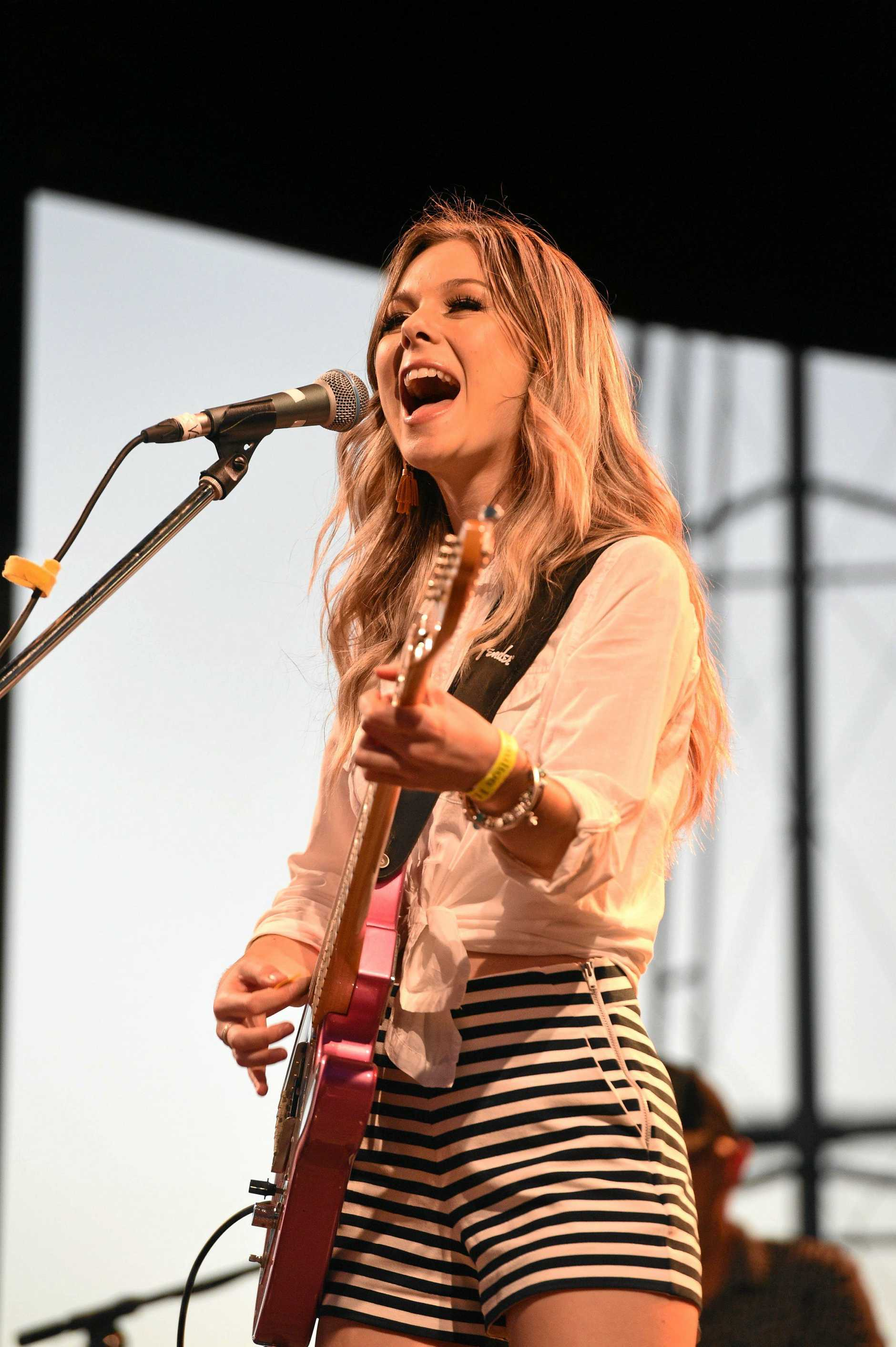DON'T miss Caitlyn Shadbolt perform at the opening of the Rattler on Saturday.