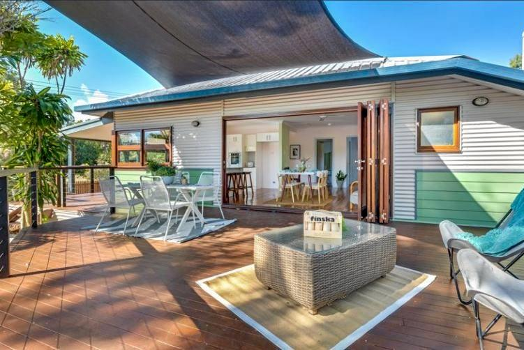20 Pheasant Street, Slade Point is up for sale.